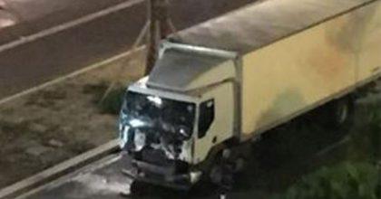 """Atentado en Niza: Papa Francisco condena toda manifestación de """"locura homicida"""""""
