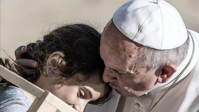 Papa Francisco recuerda que sólo Jesús puede sanar y dar dignidad a las personas
